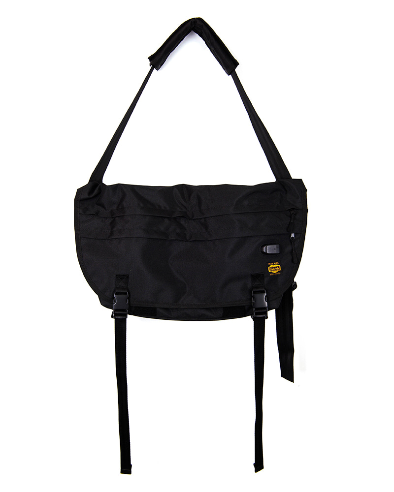 AGINGCCC X STEELWHEELS TECHNICAL MESSENGER BAG
